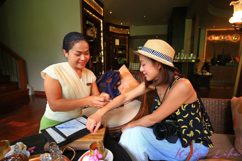 【曼谷│行程推薦】頂級奢華的極致享受,CNN評選為「曼谷最佳泰式按摩」之一的Divana Spa。