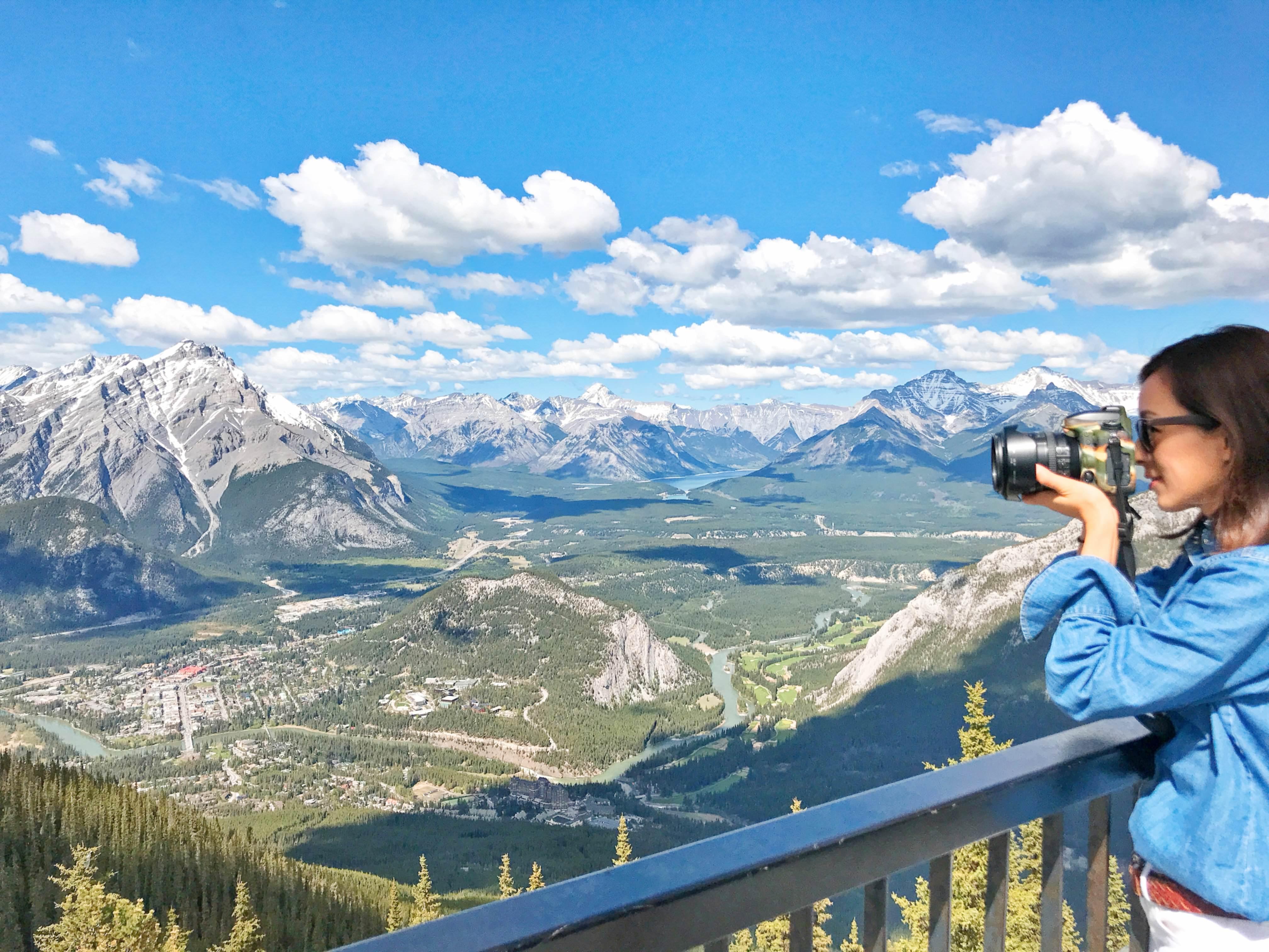 【加拿大】坐擁班芙小鎮的絕佳視野,百萬美景盡收眼底—2018班芙硫磺山纜車Banff Gondola。